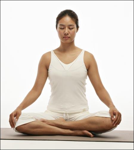yoga asana sentada