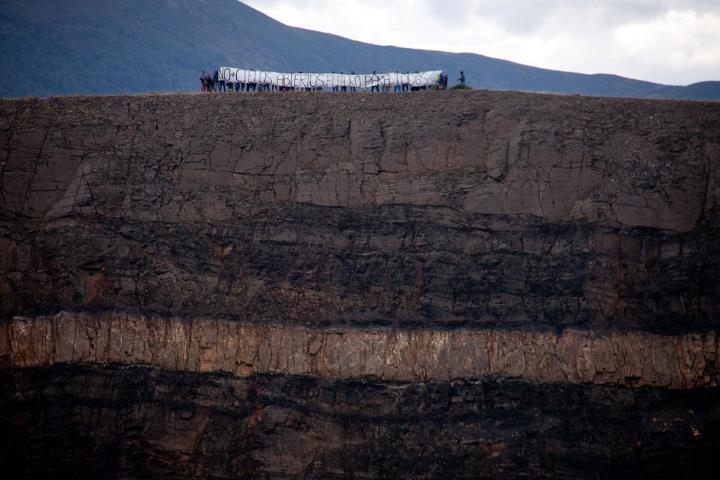 """Fotos de Toma la playa Toma la montaña"""" en Acción contra las minas a cielo abierto en la ilegal Feixolín"""