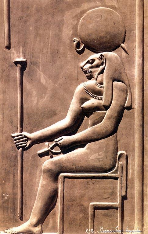 sekhmet-diosa-egipcia-guerra