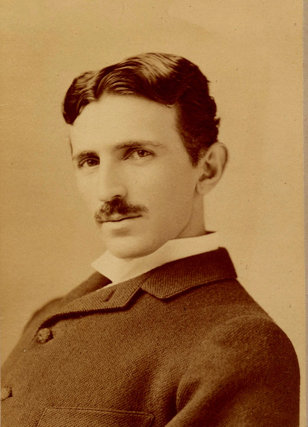 nikola_tesla_by_sarony_-_seifer_archives
