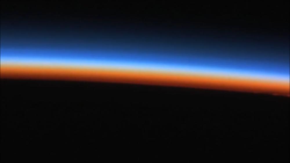 Plasmas sol tierra azul y rojo 2