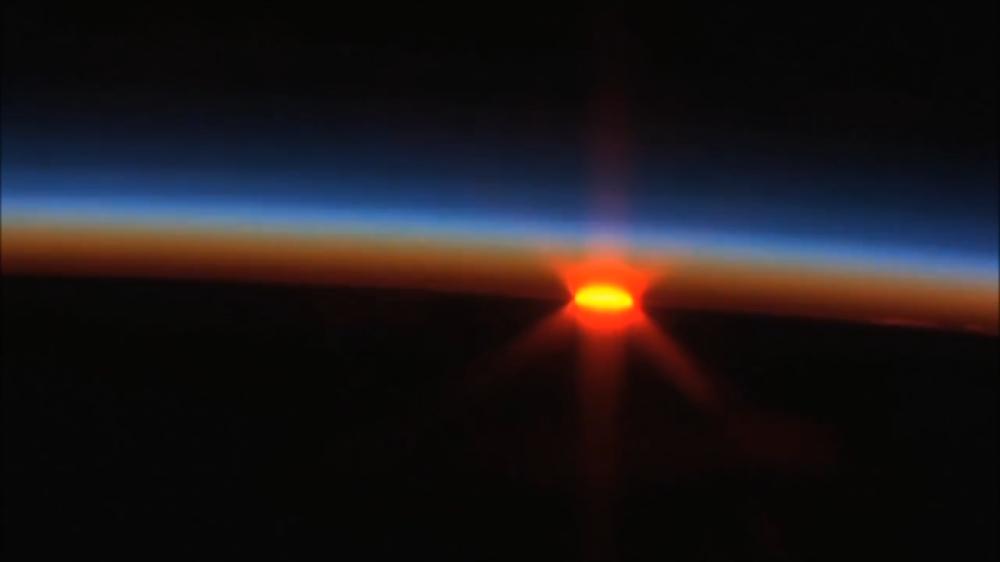 Plasmas sol tierra azul y rojo